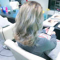 グラデーションカラー ミディアム モード イルミナカラー ヘアスタイルや髪型の写真・画像