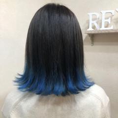 ブルー 個性的 ストリート ミディアム ヘアスタイルや髪型の写真・画像