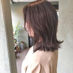 ミディアム ナチュラル イルミナカラー ヘアカラー ヘアスタイルや髪型の写真・画像