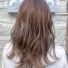 ガーリー ブリーチ バレイヤージュ ハイライト ヘアスタイルや髪型の写真・画像