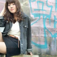 ストリート ロング アンニュイ アッシュ ヘアスタイルや髪型の写真・画像