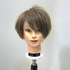外国人風カラー グレージュ ストリート 簡単 ヘアスタイルや髪型の写真・画像