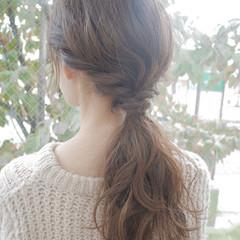 大人かわいい 透明感 セミロング 簡単ヘアアレンジ ヘアスタイルや髪型の写真・画像