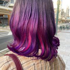 ブリーチ ピンクパープル ラベンダーピンク インナーカラー ヘアスタイルや髪型の写真・画像