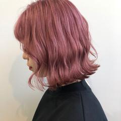 フェミニン ミニボブ ピンクベージュ ロング ヘアスタイルや髪型の写真・画像
