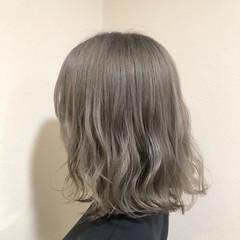 ハイトーンカラー シルバーアッシュ ミニボブ シルバー ヘアスタイルや髪型の写真・画像