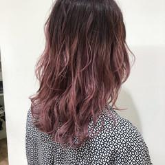ピンク ブリーチオンカラー 透明感 ブリーチ ヘアスタイルや髪型の写真・画像