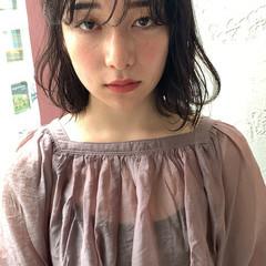 ミディアム パーマ 無造作パーマ ゆるふわパーマ ヘアスタイルや髪型の写真・画像