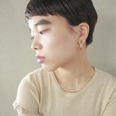 ショート 外国人風 黒髪 暗髪 ヘアスタイルや髪型の写真・画像