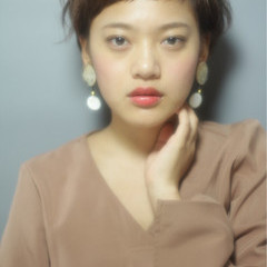 ショートバング フェミニン グラデーションカラー 外国人風カラー ヘアスタイルや髪型の写真・画像