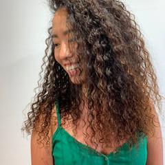 ロング ゆるふわパーマ スパイラルパーマ 外国人風パーマ ヘアスタイルや髪型の写真・画像