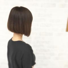 ナチュラル ストレート アッシュ ボブ ヘアスタイルや髪型の写真・画像
