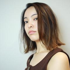 大人カジュアル かき上げ前髪 ボブ モード ヘアスタイルや髪型の写真・画像