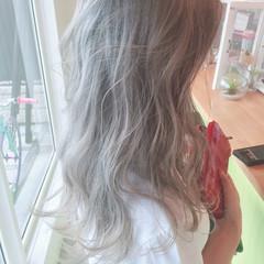外国人風 ホワイト グラデーションカラー ハイトーン ヘアスタイルや髪型の写真・画像