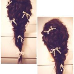 コンサバ フィッシュボーン 編み込み ヘアアレンジ ヘアスタイルや髪型の写真・画像