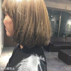 ミルクティー ハイライト アッシュ アッシュベージュ ヘアスタイルや髪型の写真・画像