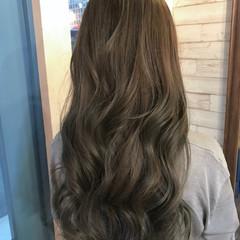 アッシュベージュ グレージュ 外国人風カラー ハイライト ヘアスタイルや髪型の写真・画像