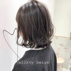 切りっぱなしボブ ミニボブ ショートヘア ナチュラル ヘアスタイルや髪型の写真・画像