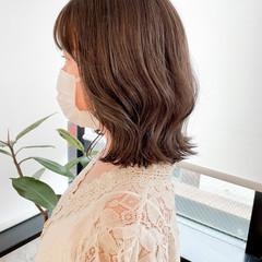切りっぱなしボブ 透明感カラー シアーベージュ ナチュラル ヘアスタイルや髪型の写真・画像