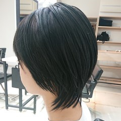 美シルエット 簡単スタイリング ウルフカット ストリート ヘアスタイルや髪型の写真・画像