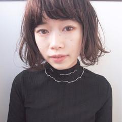 くせ毛風 ナチュラル 前髪あり 黒髪 ヘアスタイルや髪型の写真・画像