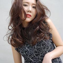 エレガント 上品 ロング 小顔 ヘアスタイルや髪型の写真・画像