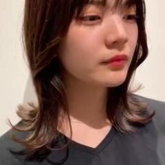 レイヤーカット レイヤースタイル ナチュラル ミディアム ヘアスタイルや髪型の写真・画像