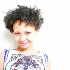 ショート ストリート ガーリー オン眉 ヘアスタイルや髪型の写真・画像
