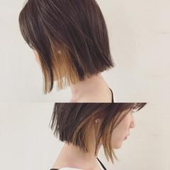 インナーカラー 外国人風 ハイライト 切りっぱなし ヘアスタイルや髪型の写真・画像