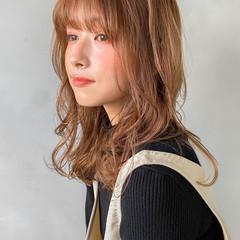 セミロング 韓国 ナチュラル 大人かわいい ヘアスタイルや髪型の写真・画像