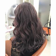 グレー フェミニン グレージュ ロング ヘアスタイルや髪型の写真・画像