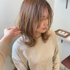 ナチュラル 3Dハイライト ハイライト レイヤースタイル ヘアスタイルや髪型の写真・画像
