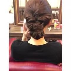 簡単ヘアアレンジ 結婚式 くるりんぱ フェミニン ヘアスタイルや髪型の写真・画像
