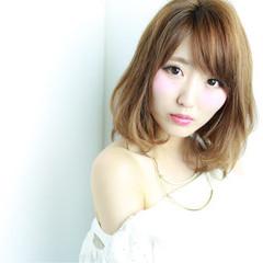 グラデーションカラー 渋谷系 フェミニン ミディアム ヘアスタイルや髪型の写真・画像