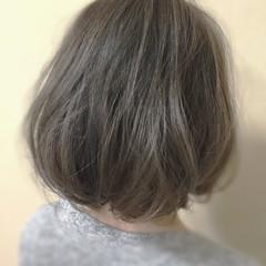イルミナカラー 外国人風 アッシュグレージュ 透明感 ヘアスタイルや髪型の写真・画像