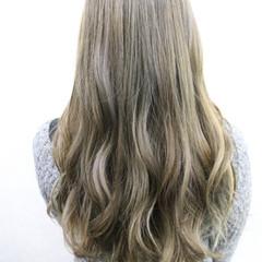 ハイライト 外国人風カラー ロング アッシュ ヘアスタイルや髪型の写真・画像