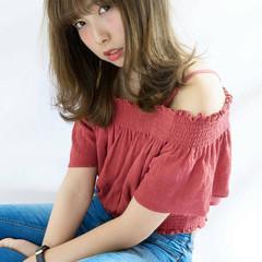ミディアム ハイライト ロブ 外国人風 ヘアスタイルや髪型の写真・画像