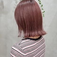 ボブ 切りっぱなしボブ 韓国 ピンクブラウン ヘアスタイルや髪型の写真・画像