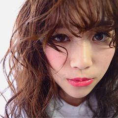 前髪あり ピュア セミロング ヌーディベージュ ヘアスタイルや髪型の写真・画像