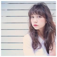 ナチュラル 丸顔 ストリート マルサラ ヘアスタイルや髪型の写真・画像