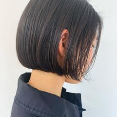 切りっぱなしボブ 暗髪 ミニボブ 簡単スタイリング ヘアスタイルや髪型の写真・画像