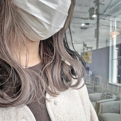 ベージュ セミロング 透明感 大人かわいい ヘアスタイルや髪型の写真・画像
