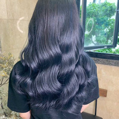 ロング 切りっぱなしボブ ミディアムレイヤー フェミニン ヘアスタイルや髪型の写真・画像