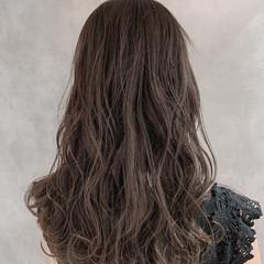 波ウェーブ 大人可愛い フェミニン 巻き髪 ヘアスタイルや髪型の写真・画像