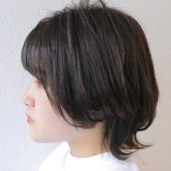 ウルフカット ストリート ウルフ女子 グレージュ ヘアスタイルや髪型の写真・画像