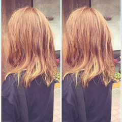 ストリート インナーカラー 外国人風 イエロー ヘアスタイルや髪型の写真・画像