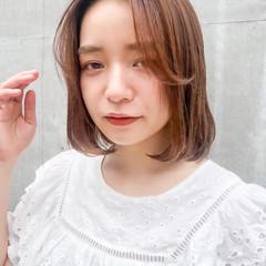 ハイライト ミディアムヘアー インナーカラー フェミニン ヘアスタイルや髪型の写真・画像