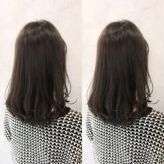 デート パーマ オフィス フェミニン ヘアスタイルや髪型の写真・画像