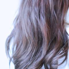 ストリート アッシュ グラデーションカラー ロング ヘアスタイルや髪型の写真・画像