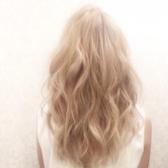 渋谷系 ブリーチ ガーリー ハイトーン ヘアスタイルや髪型の写真・画像